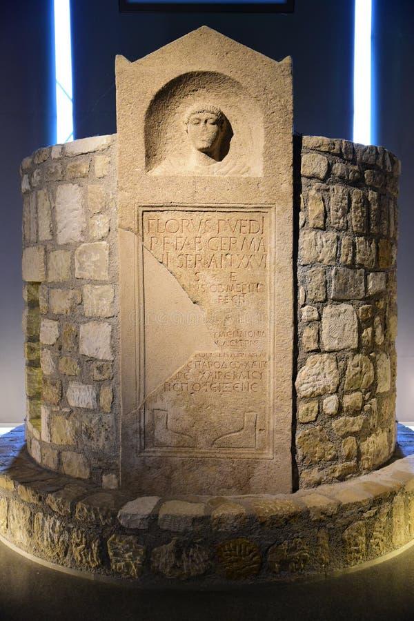Piedra sepulcral romana en Carnuntum foto de archivo