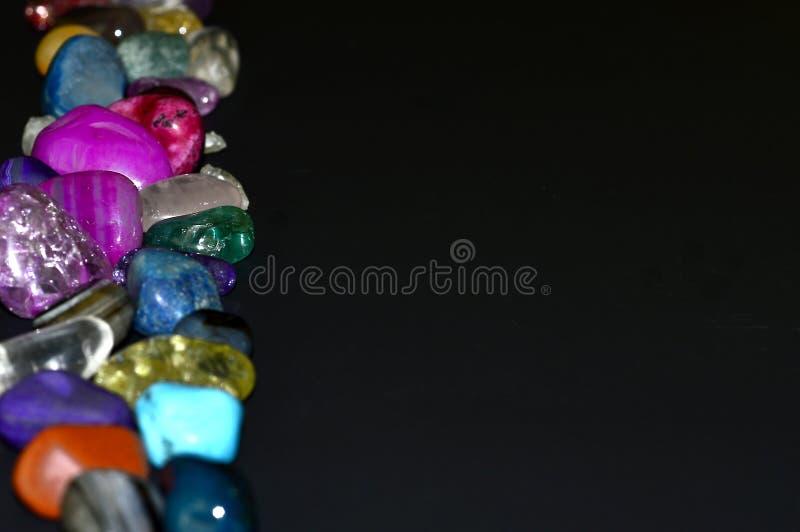 Piedras, cristales coloreados foto de archivo
