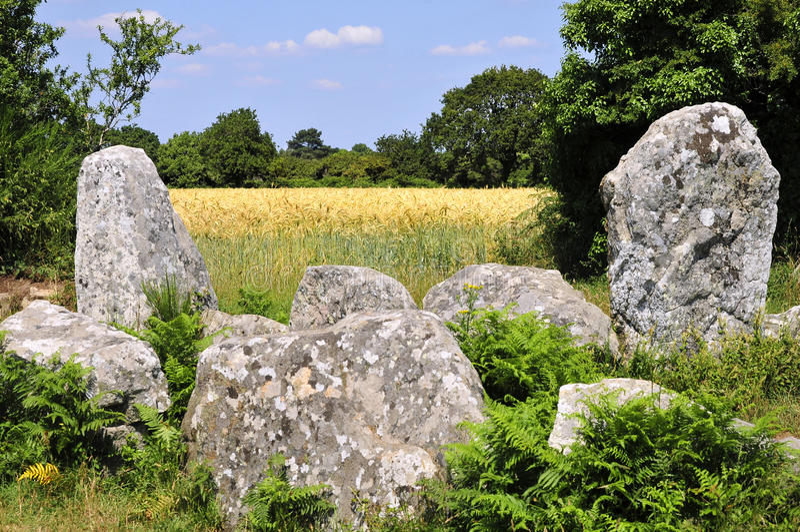 Piedras derechas en Erdeven en Francia foto de archivo libre de regalías