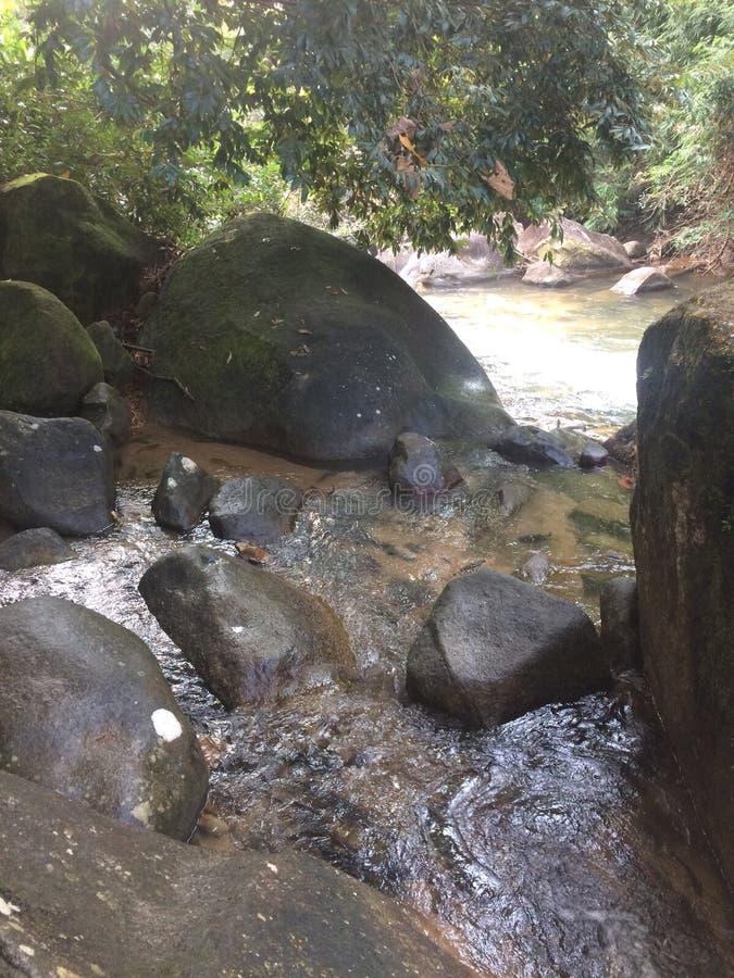 Piedras en el parque nacional de Namtokphlio fotos de archivo