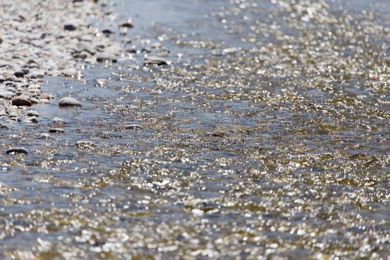 Piedras en naturaleza del agua fotos de archivo libres de regalías