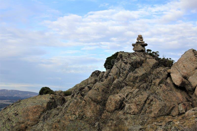Piedras en una montaña imagen de archivo libre de regalías