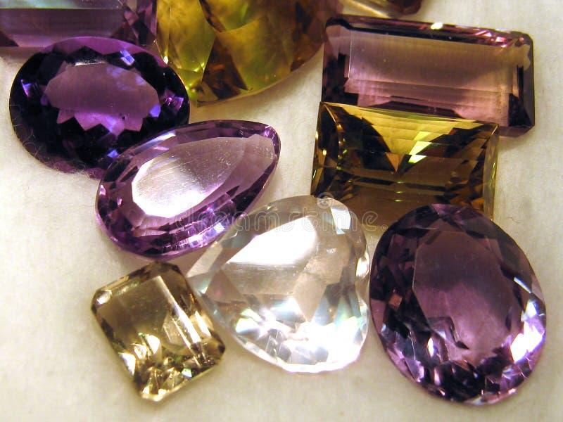Piedras preciosas talladas fotos de archivo libres de regalías
