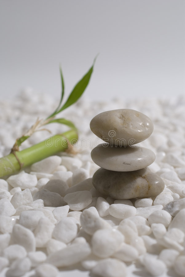 Piedras y bambú del zen fotografía de archivo
