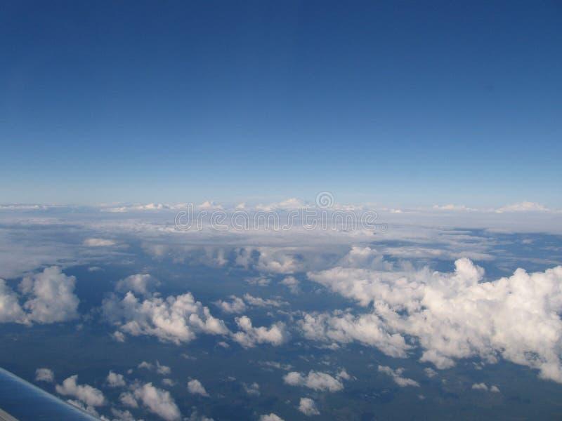 30 000 pieds de jet d'avion opacifie la courbe de vue de la terre photographie stock