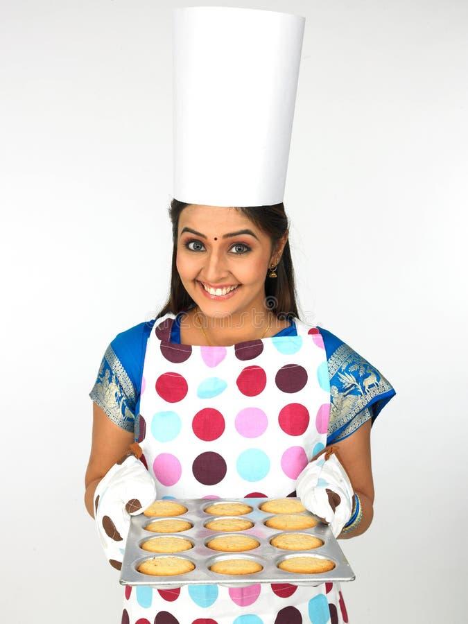 piekarniany ciastek kobiety talerz fotografia royalty free