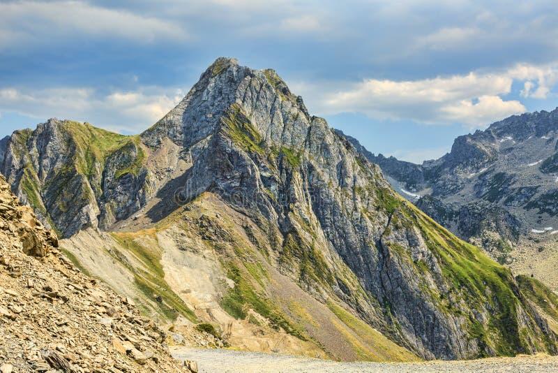Pieken in de Bergen van de Pyreneeën stock afbeeldingen