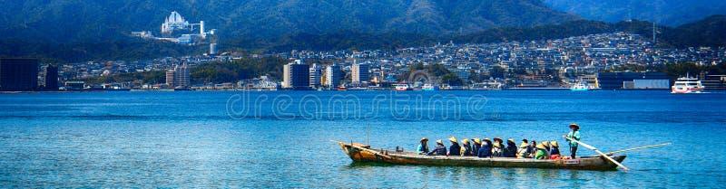 Pielgrzymi, Miyajima, Japonia zdjęcia stock