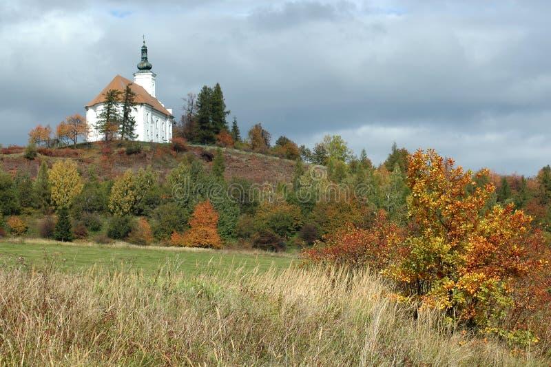 Pielgrzymka kościół na wzgórzu Uhlirsky vrch blisko Bruntal obraz royalty free