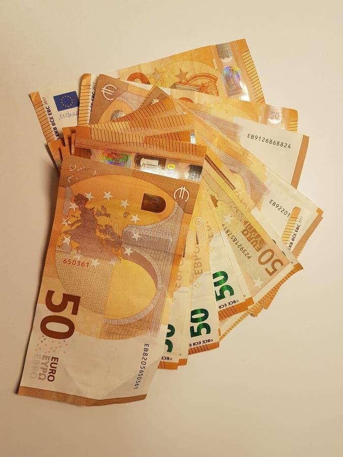 pieniądze euro 50 wiele ręki kieszeni handlu transakcja zdjęcia stock
