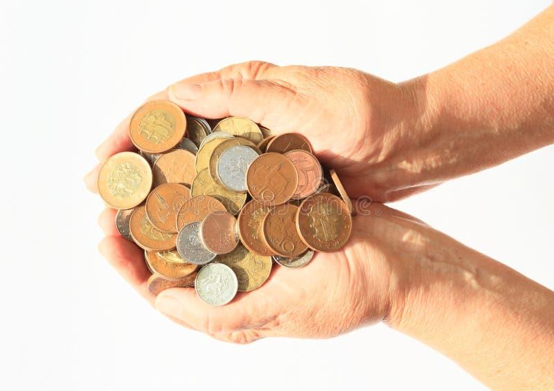 Pieniądze holded w rękach - czeskie korony zdjęcia royalty free