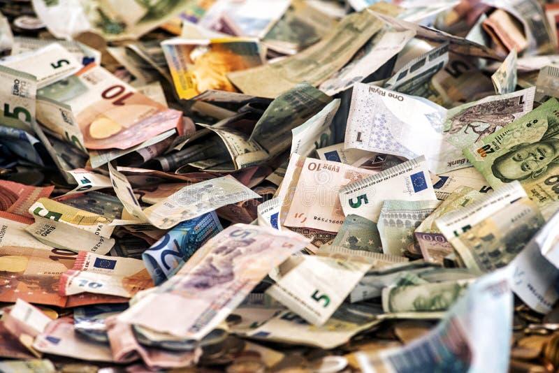 Pieniądze tło asortowani banknoty zdjęcia stock