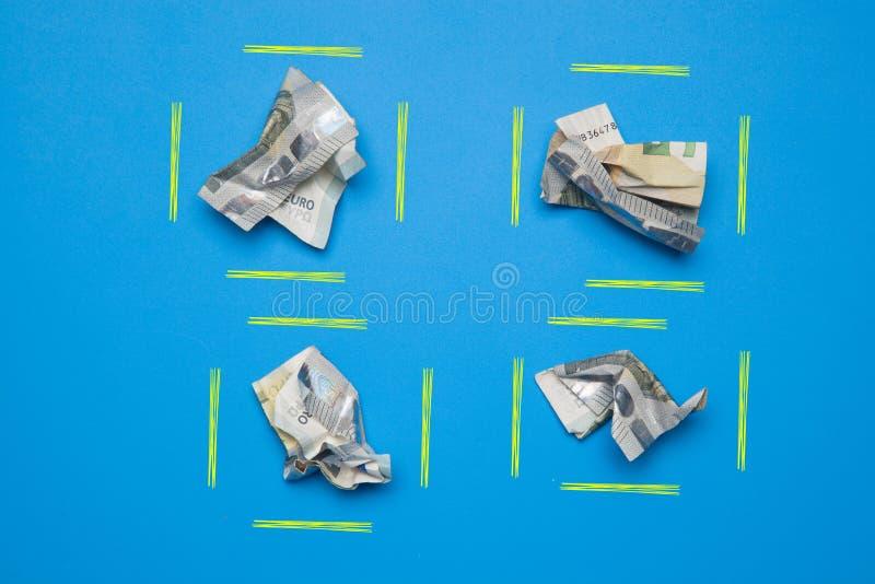 Pieniądze w euro monetach i notatkach obraz stock