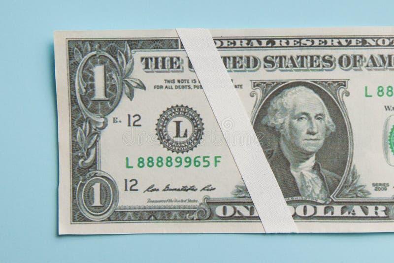 Pieniądze waluty Dolarowy spadek Zły ekonomiczny pojęcie obrazy royalty free