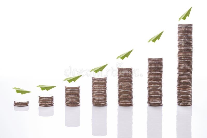 Pieniężny pojęcie pieniądze monety wykres zdjęcia royalty free