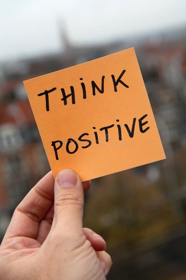 Piense el positivo