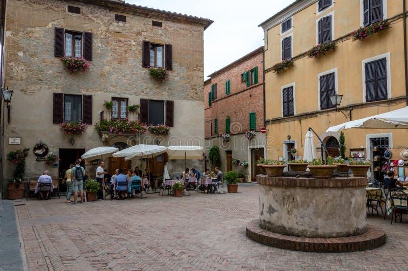 Pienza, Toscânia, Itália/24 de julho de 2016/vila medieval de Pienza imagem de stock royalty free