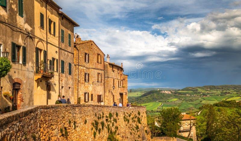 """Pienza, une ville dans la province de Sienne, dans le Val d """"Orcia photographie stock libre de droits"""