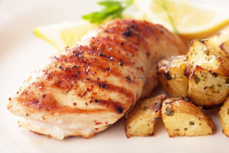 pierś kurczaka z grilla obrazy stock