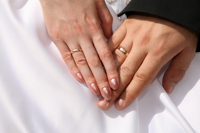 pierścienie za rękę zdjęcia royalty free