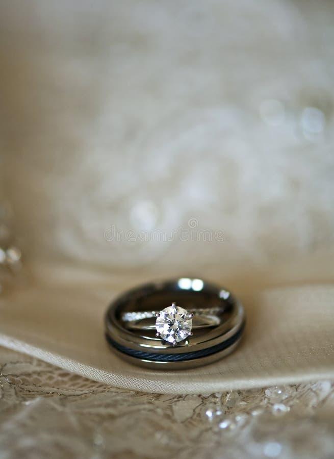 pierścionków target937_1_ obrazy stock