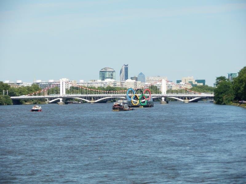 Pierścionku Thames Londyn olimpiady obrazy stock