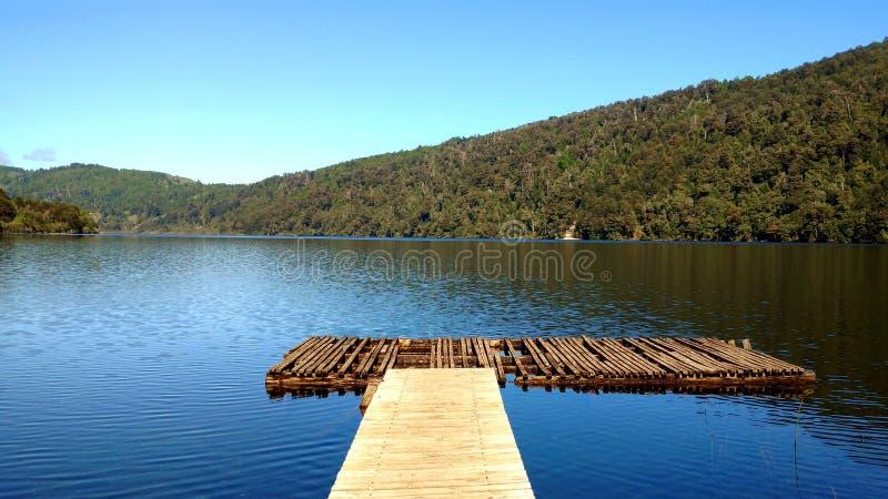 Pier湖在Huerquehue, Pucon,智利 库存图片