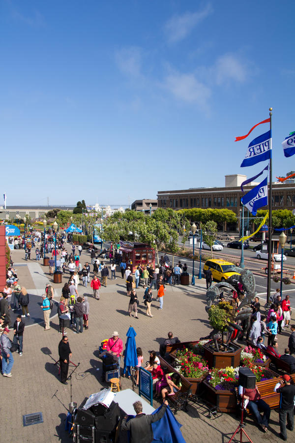 Download Pier 39, San Francisco editorial photo. Image of shops - 26091691