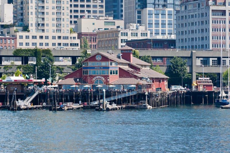 Pier 55 in Seattle lizenzfreies stockfoto