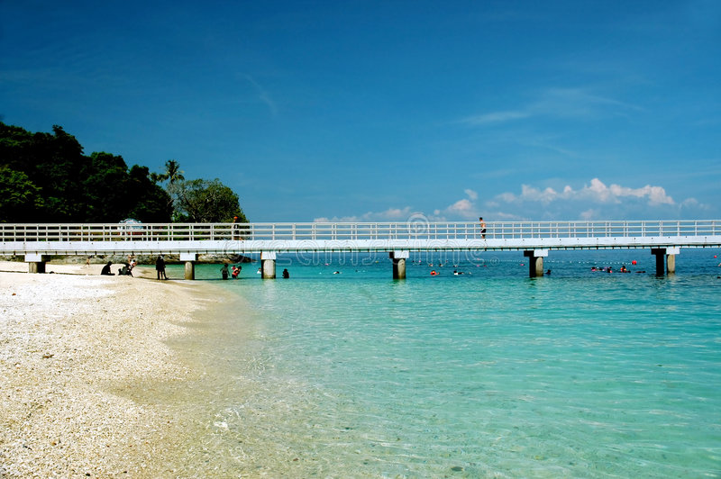 Pier bij strand royalty-vrije stock afbeelding