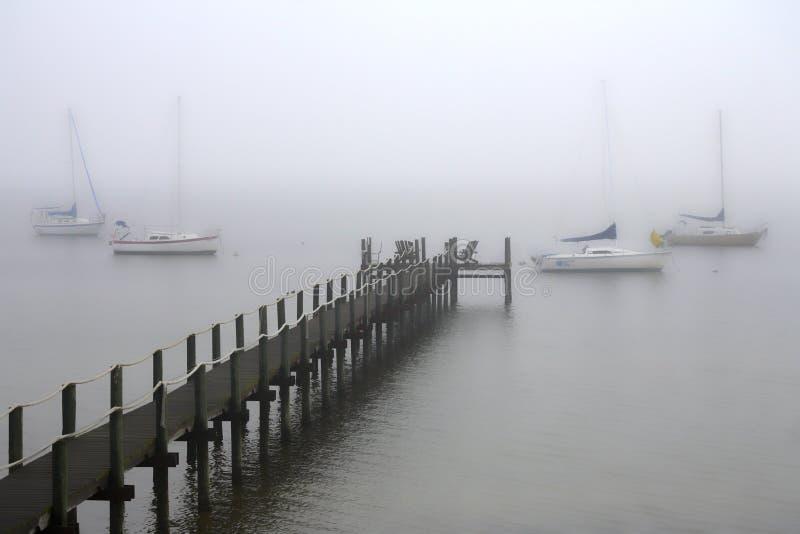 pier mgła zdjęcia royalty free