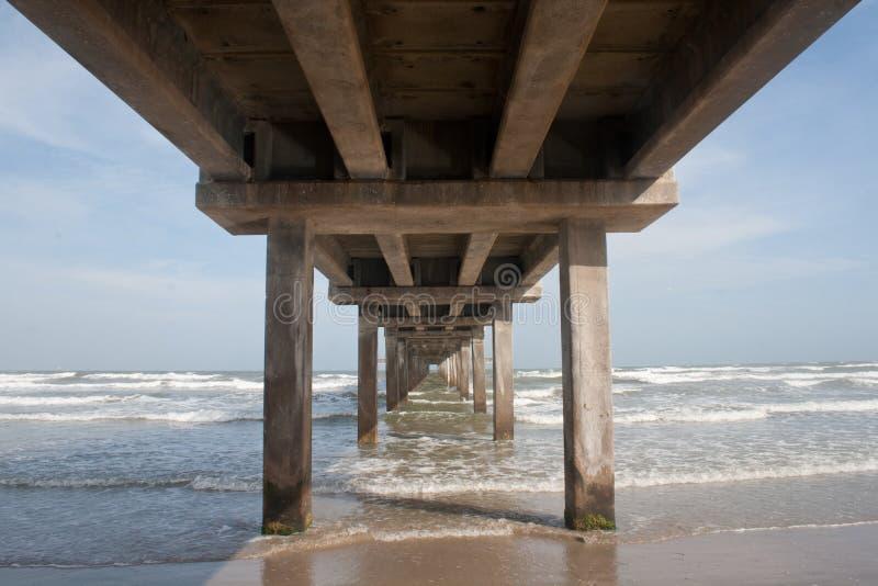 Pier Into Ocean Gulf du Mexique image stock