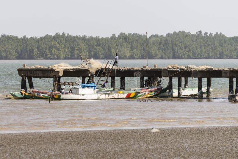 Pier op de rivier van Gambia royalty-vrije stock foto