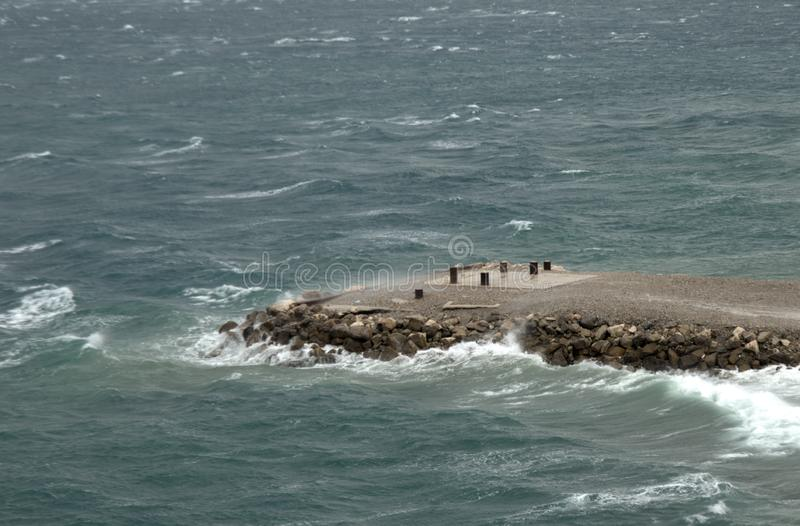 Pierfront für das Ankoppeln von Schiffen stockfotografie