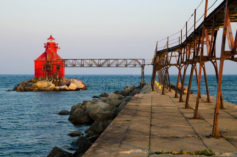 Pierhead för kanal för störfjärdskepp fyr, Wisconsin, USA royaltyfri fotografi