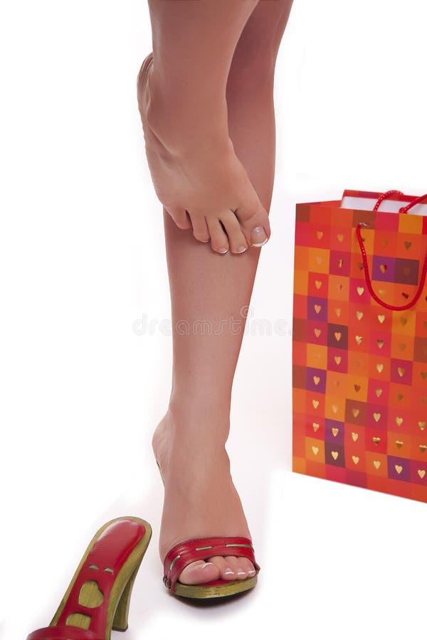 Piernas y zapatos del alto talón fotos de archivo libres de regalías