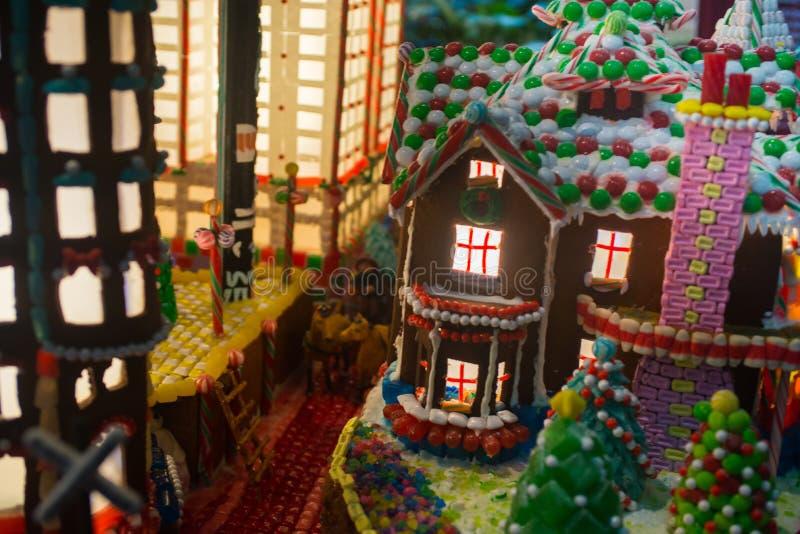 Piernikowy miasteczko z kolorami domy, budynek biurowy, C zdjęcie royalty free