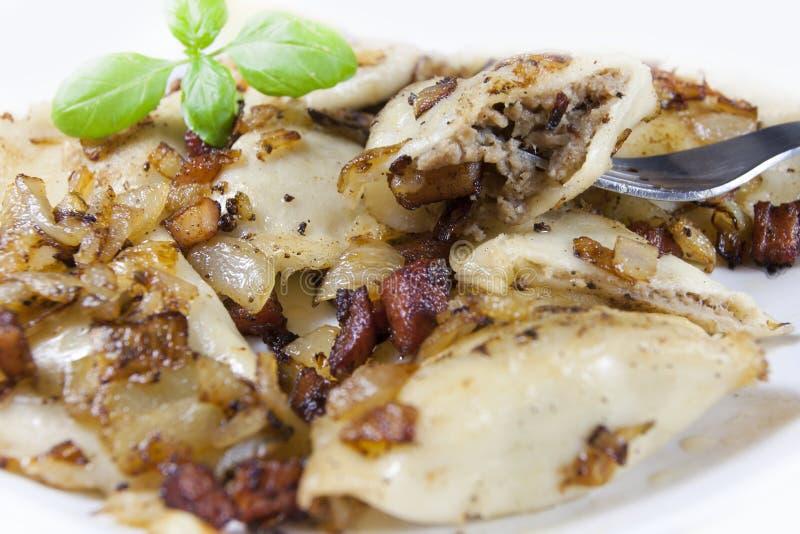 Pierogi tradicional polonês do alimento imagens de stock royalty free