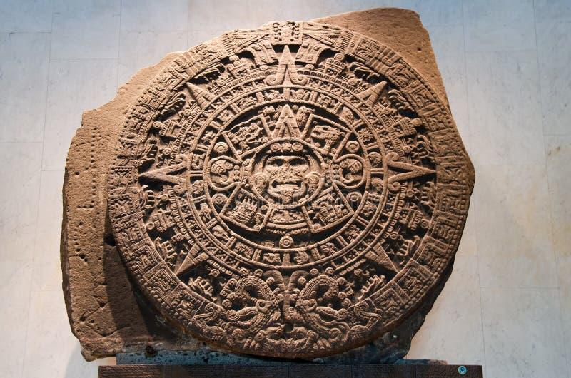 Pierre du soleil - le calendrier maya photo stock