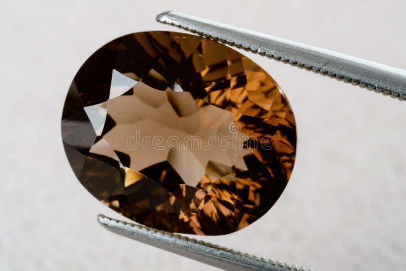 Pierre gemme de quartz fumeux photo stock