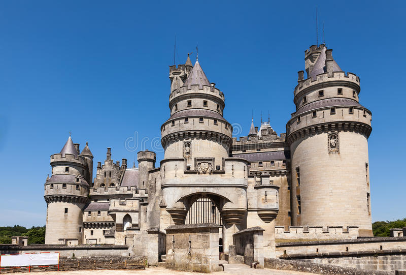 Pierrefonds城堡在瓦兹省,法国 免版税库存照片
