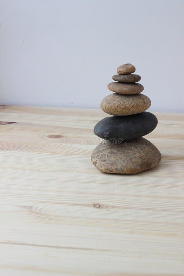 Pierres d'équilibre d'harmonie de zen photo stock