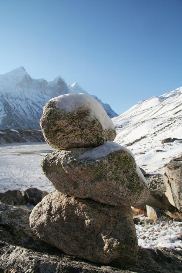 Pierres en montagne photo libre de droits