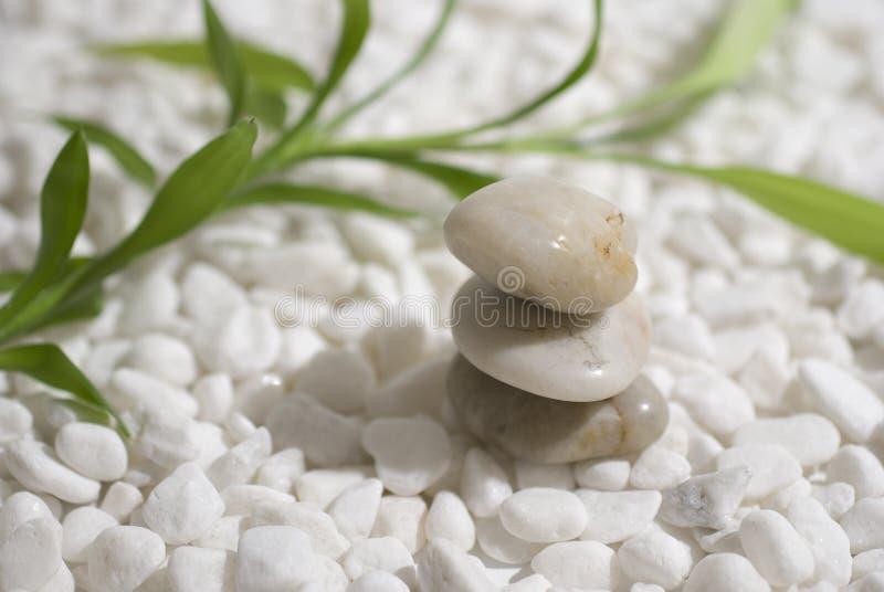 Pierres et bambou de zen photo libre de droits