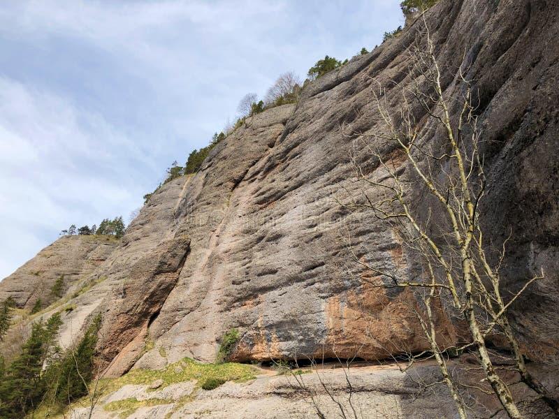 Pierres et roches de la montagne maximale Rigi de Vitznauerstock ou de Gersauerstock images libres de droits