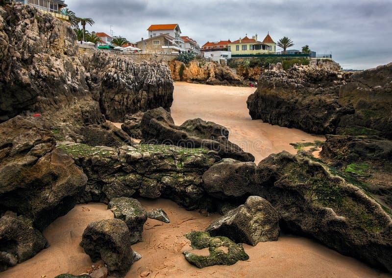 Pierres, plage, océan Cascais portugal image stock