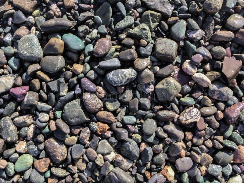 Pierres sur le rivage photo stock