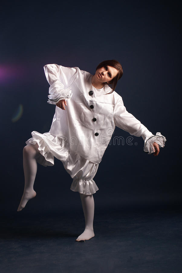Pierrotdräkt isolerat royaltyfria foton
