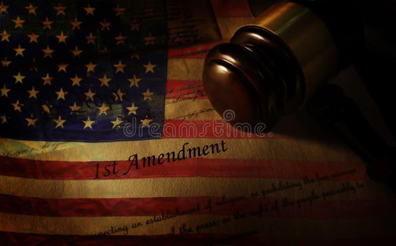Pierwszej Poprawki flaga i młoteczek fotografia royalty free