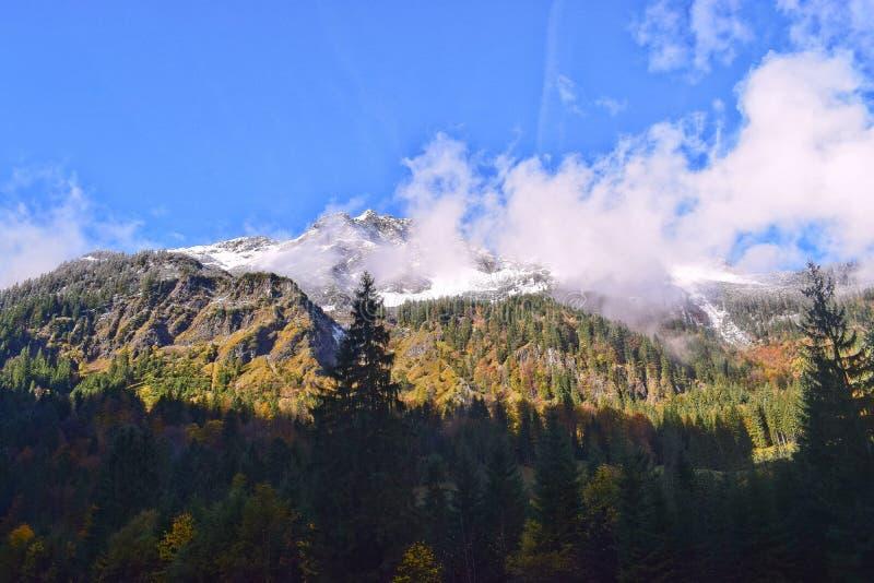 Pierwszy śnieg w Allgäu górach obrazy royalty free